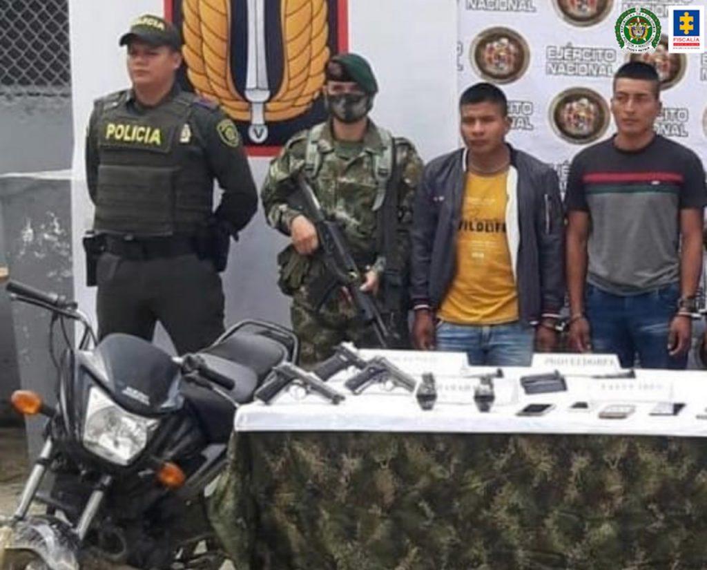 Nueva imputación contra miembros de la estructura disidente 'Dagoberto Ramos', al parecer responsables de graves afectaciones a un reincorporado en Toribío (Cauca) - Noticias de Colombia