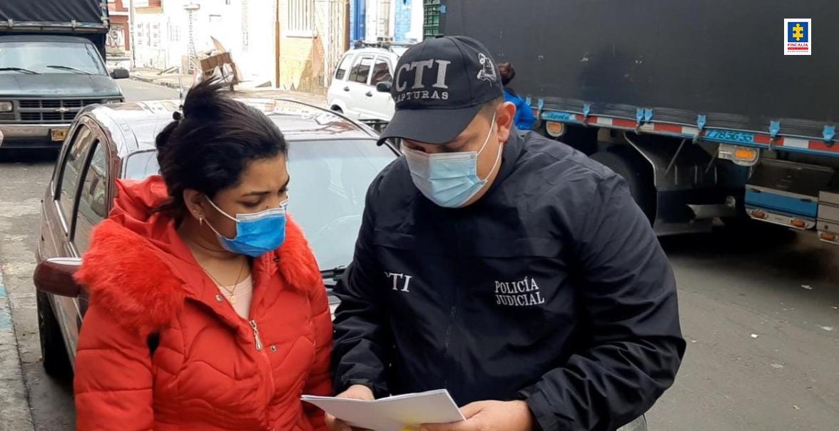 Aseguradas dos mujeres señaladas presuntamente, de suministrar sustancias desconocidas para robar hombres en Montería - Noticias de Colombia