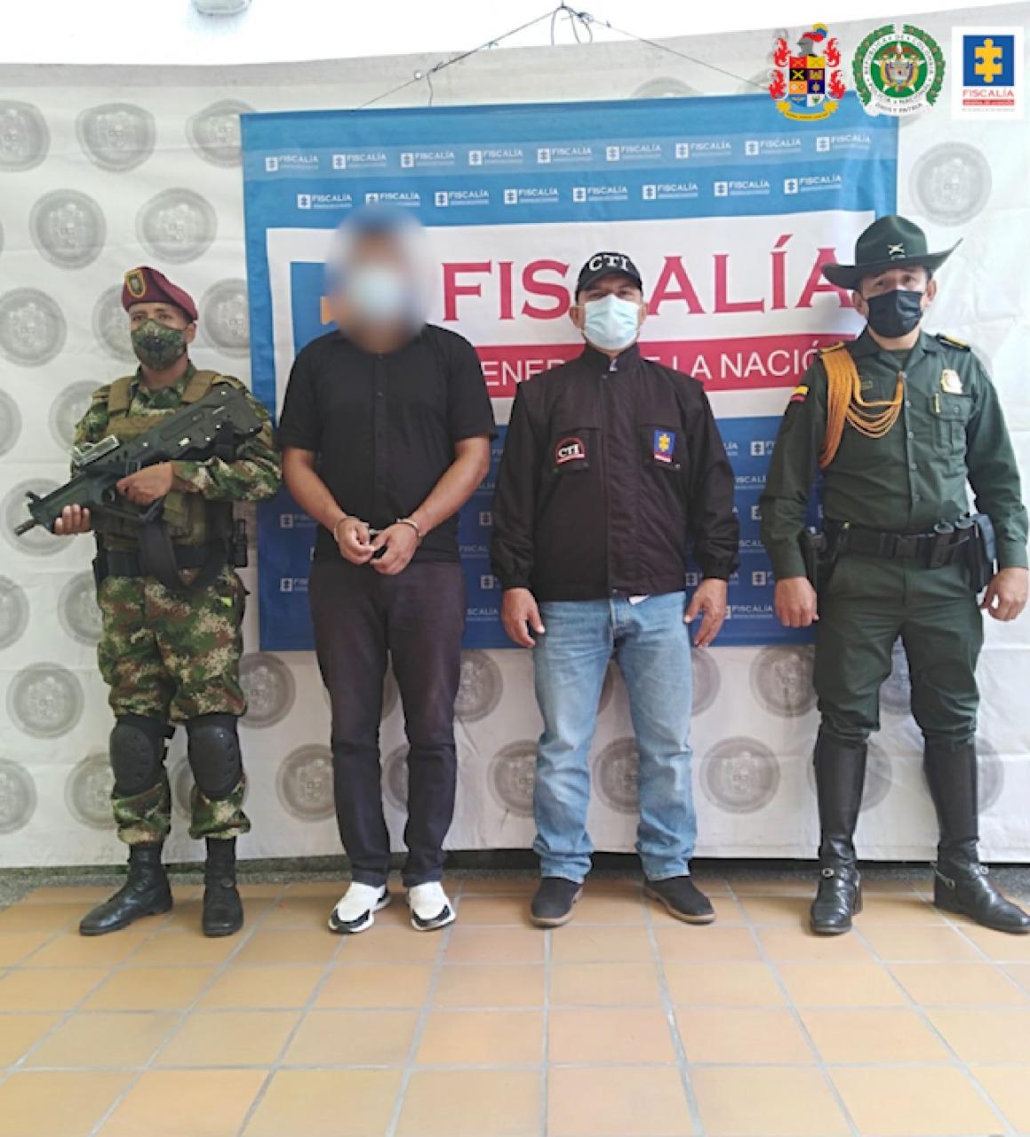 Privados de la libertad cinco hombres presuntamente implicados en hechos de violencia contra miembros de su núcleo familiar - Noticias de Colombia