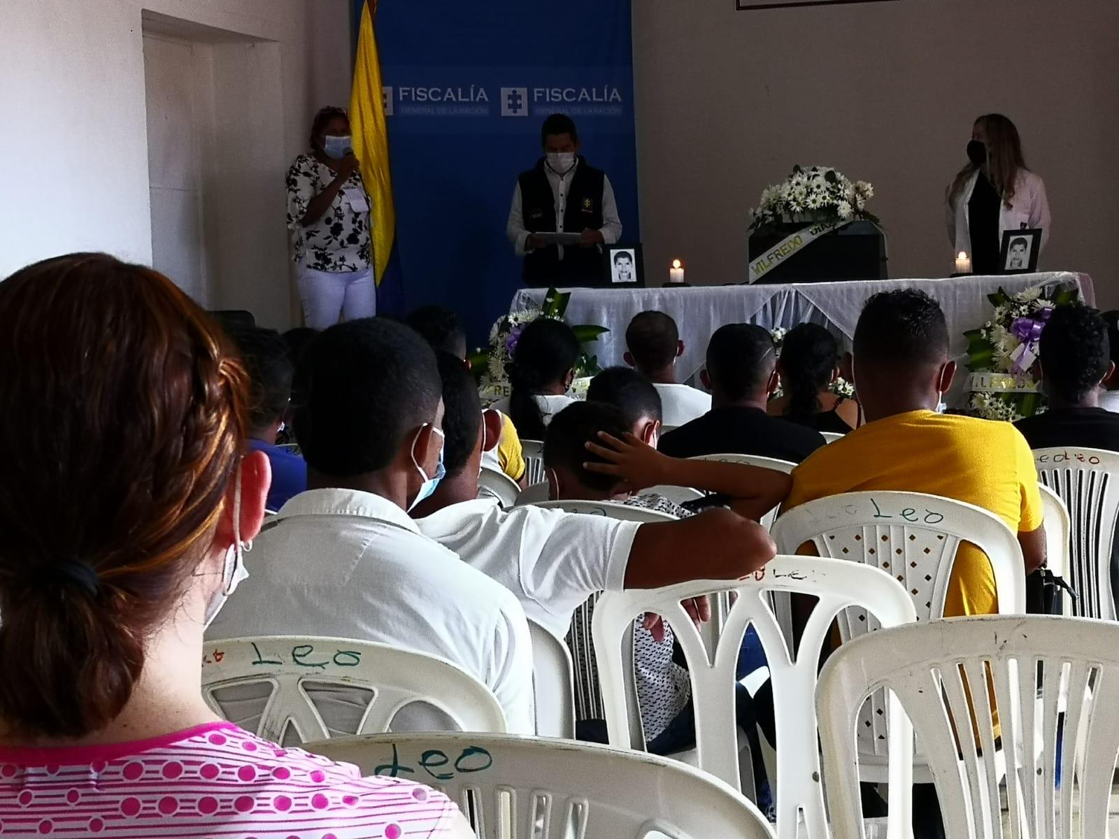 Fiscalía hizo entrega digna a familiares de restos de víctimas de desaparición forzada - Noticias de Colombia