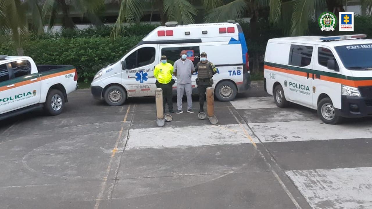 A la cárcel conductor de una ambulancia investigado por presuntamente transportar en el vehículo más de 40 kilos de cocaína - Noticias de Colombia