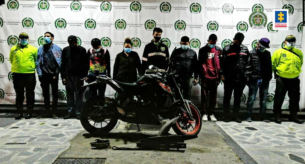 Judicializados ocho presuntos integrantes del grupo delincuencial Los Correcaminos por hurto de motocicletas en Bogotá - Noticias de Colombia