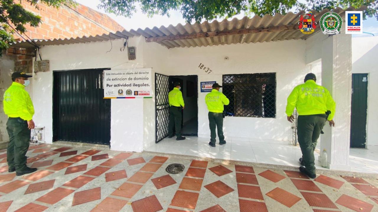 Golpe al patrimonio ilícito de 'Los Fantasmas', red dedicada al tráfico de estupefacientes al menudeo en La Guajira y Cesar - Noticias de Colombia