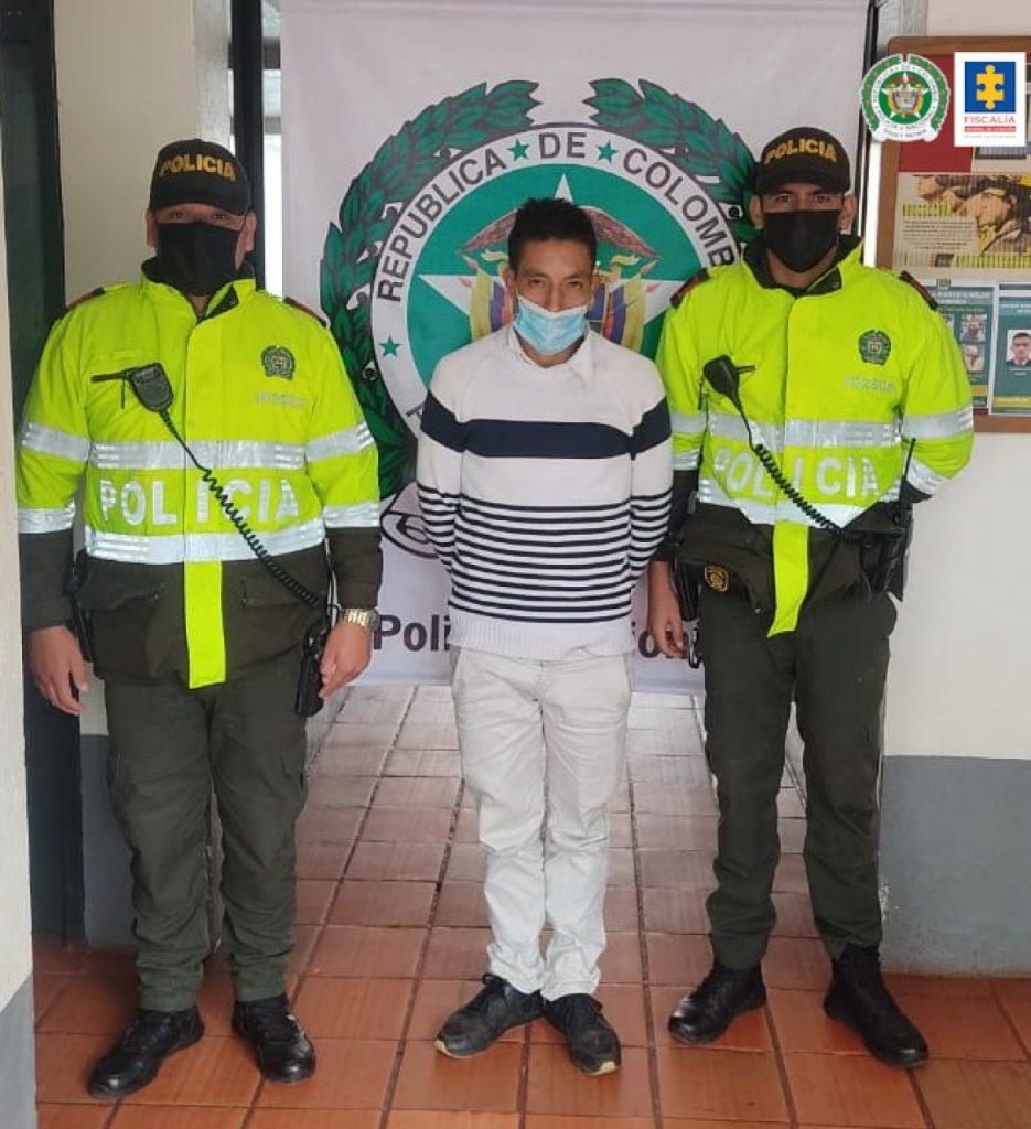 Hombre juzgado que presuntamente abusó de una niña de 12 años a la que contactó vía redes sociales | Noticias de Buenaventura, Colombia y el Mundo