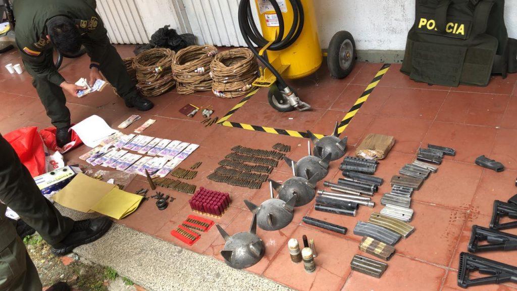 Desarticulada estructura criminal dedicada al tráfico de armas traídas desde Estados Unidos, para proveer a grupos armados ilegales en Colombia - Noticias de Colombia